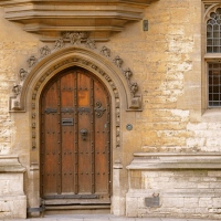 GORGEOUS ANCIENT DOORS/ OXFORD/ UK